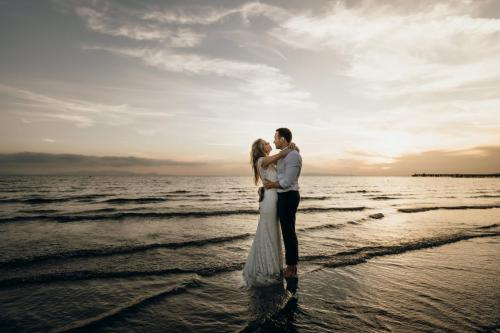 Jennifer Stieler Photography After Wedding Beach Sunset