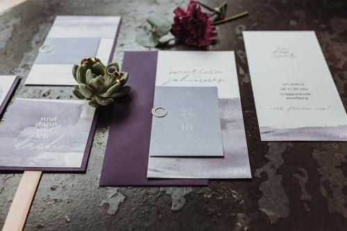 Ultra Violet Wedding Jennifer Stieler Photography Marburg